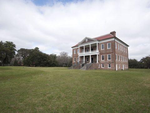 Drayton Hall must see plantation visit tour Charleston SC